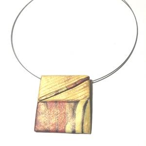 Búzamező, Medálos nyaklánc, Nyaklánc, Ékszer, Gyurma, 5x5 cm  medál merev, 46 cm-es nyakrésszel., Meska