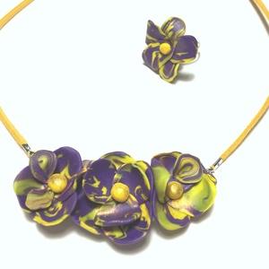 Sárga-lila virágos  szett, Ékszer, Ékszerszett, Kerámia, Ékszerkészítés, 48 cm hosszú nyaklánc gyűrűvel, Meska