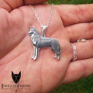 Szibériai husky ezüst medál 2 díszdobozban., Ékszer, Medálos nyaklánc, Nyaklánc, Szibériai husky kutya szerelmeseinek, ez az ékszer egy kötelező darab! Öltözz kutyusodhoz, és indulh..., Meska