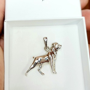 Rottweiler kutya ezüst medál díszdobozban., Ékszer, Nyaklánc, Medál, Ékszerkészítés, Ötvös, Rottweiler kutya szerelmeseinek, ez az ékszer egy kötelező darab! Öltözz kutyusodhoz, és indulhat a ..., Meska