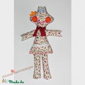 Virágos Béka királylány, Béka, Plüssállat & Játékfigura, Játék & Gyerek, Varrás, Varangyosbéka helyett virágosbéka hölgy szeletett! :)\n\nKedvenc mintás pamutvászon anyagomból varrtam..., Meska