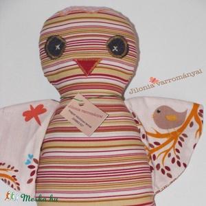 madárka baba , Gyerek & játék, Játék, Baba játék, Játékfigura, Baba-és bábkészítés, Varrás, \nCsíkos pamutvászonból varrtam ezt a madárkát, teljesen egyedi saját terv és szabásminta szerint.\nEr..., Meska