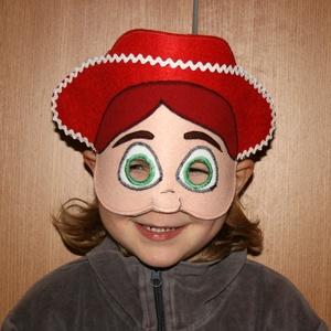 Toy story Jessie álarc filcből, Ruha & Divat, Jelmez & Álarc, Álarc, Varrás, Toy story Jessie álarc két réteg filcből varrtam.\nA szabásmintát is magam készítettem hozzá.\n\n\n\nKéré..., Meska