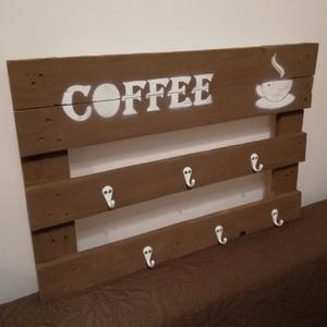 Kávéfal  dekortábla, Otthon & lakás, Dekoráció, Konyhafelszerelés, Famegmunkálás, Festett tárgyak, Katalán ihletésű színes, vidám, egyedi készítésű fa tábla, mely egy bohókás konyha dísze lehet. Mére..., Meska