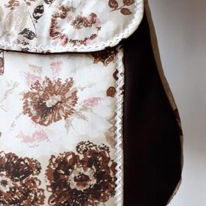 Akcióó!!! Barna virágos - válltáska , Táska & Tok, Válltáska, Kézitáska & válltáska, Ez a táska 4200.- helyett most 3800.-Ft. Erős, egyszínű anyagot szép, barna virágmintás pamutvászonn..., Meska