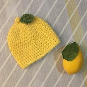 Sapka babafotózáshoz 0-2 hó 'Lemon Kid', Ruha & Divat, Babaruha & Gyerekruha, Babafotózási ruha és kellék, Újszülött sapka babafotózáshoz. Mérete 0-2 hónapos korig. Vidám, vitaminbomba hangulatú kis jelmez s..., Meska