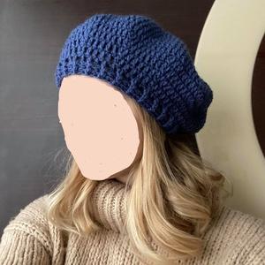Női barett fazonú sapka választható színekben - Meska.hu