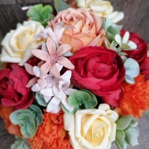 Asztali dekoráció, Otthon & Lakás, Dekoráció, Csokor & Virágdísz, Virágkötés, Asztali dekoráció a meleg szín kedvelőinek. Kiváló ajándék névnapra, születésnapra, házassági évfor..., Meska