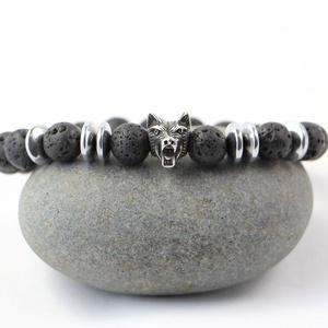 Férfi karkötő fekete Lávakő és Hematit ásvány gyöngyök felhasználásával, nemes acél farkasfej díszítéssel, Férfiaknak, Ékszer, kiegészítő, Ékszerkészítés, A karkötő csiszolt Lávakő ásvány gyöngyökből készűlt.\nA matt ásvány gyöngyöket, dupla elasztikus szá..., Meska