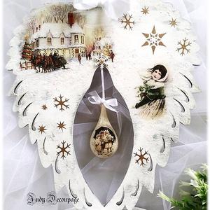 Vintage angyalszárny, Karácsonyi dekoráció, Karácsony & Mikulás, Otthon & Lakás, Decoupage, transzfer és szalvétatechnika, Egy gyönyörű ünnepi lakásdekoráció nem csak a vintage szerelmeseinek...\n\nKoptatott angyalszárny, han..., Meska