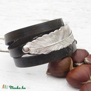Női antikolt bőr karkötő  levél összekötővel, Kézműves karkötő (jullyet) - Meska.hu