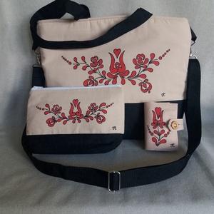 """Kézzel festett \""""Piros magyaros\"""" nagy táska  szett, Táska & Tok, Kézitáska & válltáska, Nagy pakolós táska, Festett tárgyak, Varrás, A szett tartalmaz egy irattartót , neszeszert és a táskát . \nSaját tervezésű, készítésű, szabad kézz..., Meska"""