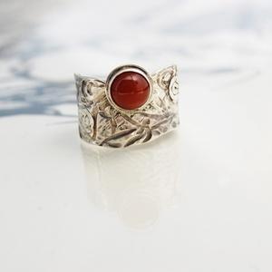 Nap gyűrű, Ékszer, Gyűrű, Ékszerkészítés, Ötvös, A karneol az egyik kedvenc köveim közé tartozik.Szeretem meleg fényét,tüzes-meleg színét.\n\nA fény ,n..., Meska