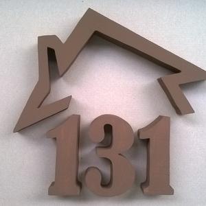 Házszám tetővel több számjegyű, Házszám, Ház & Kert, Otthon & Lakás, Mindenmás, 3 cm vastag, teljesen sima felületű XPS-ből készült.\nKültéri festékkel festem, így ellenáll fagynak-..., Meska