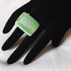 Dichroic üveg gyűrű (Zöld) - Meska.hu