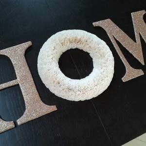 HOME felirat, Felirat, Dekoráció, Otthon & Lakás, Papírművészet, Lakásdekoráció. Egyedi dísze lehet lakásodnak.\nKartonpapírból, csillámos dekorgumiból és muffinpapír..., Meska