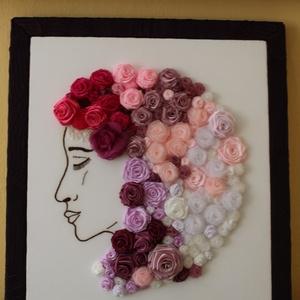 Női fej rózsákkal, Dekoráció, Otthon & lakás, Kép, Lakberendezés, Falikép, Varrás, Hímzés, A női fejet ,arcot egy képzeletbeli hölgyről rajzoltam . Aztán textil kép lett belőle a rózsáim felh..., Meska
