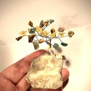 Szerencsefa kristályfa életfa AVENTURIN JÁSPIS virágokkal!, Dísztárgy, Dekoráció, Otthon & Lakás, Ékszerkészítés, Gyöngyfűzés, gyöngyhímzés, A szerencsefa vagy más néven életfa harmonizálja, energizálja környezetünket. Pozitívan befolyásolja..., Meska
