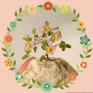 Szerencsefa kristályfa életfa PERIDOT rózsaszín virágokkal!, Dísztárgy, Dekoráció, Otthon & Lakás, Ékszerkészítés, Gyöngyfűzés, gyöngyhímzés, A szerencsefa vagy más néven életfa harmonizálja, energizálja környezetünket. Pozitívan befolyásolja..., Meska