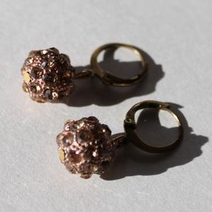 Óarany színű csillogó gömb fülbevaló 2,5 cm-es - Meska.hu