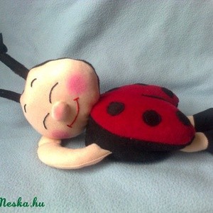 Szundi Kati, pillangó, méhecske (Kataanya) - Meska.hu