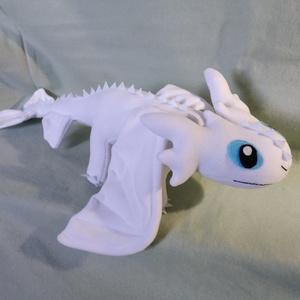 Fehér sárkány (Kataanya) - Meska.hu