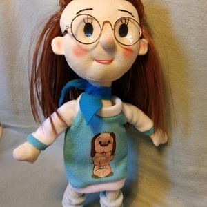 Szemüveges baba, Gyerek & játék, Játék, Plüssállat, rongyjáték, Játékfigura,  Saját tervezésű és készítésű szabásminta alapján készítettem. 33 cm magas.  Ruhája, cipője levehető..., Meska