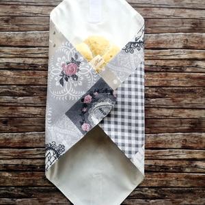 Vintage romantikus újraszalvéta, Táska & Tok, Uzsonna- & Ebéd tartó, Szendvics csomagoló, Varrás, Elég volt a papírszalvétákból, nejlonzacskókból, fóliába csomagolt uzsonnákból, eldobható műanyag cs..., Meska