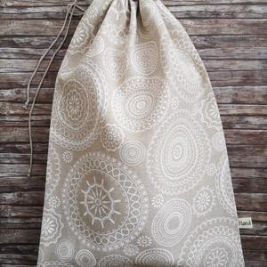 Mandala mintás kenyeres zsák, Táska & Tok, Bevásárlás & Shopper táska, Kenyeres zsák, Varrás, Elég volt a papírszalvétákból, nejlonzacskókból, fóliába csomagolt uzsonnákból, eldobható műanyag cs..., Meska