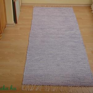 Lila-lila mintás pamutszőnyeg, Lakberendezés, Otthon & lakás, Lakástextil, Szőnyeg, Szövés, Ez a szőnyeg vastag, de nem szőrös pamutfonalból készült. Kellemes tapintású, esztétikus darab. Mére..., Meska
