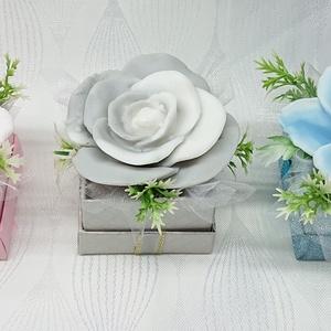 1 darabos szappanvirágok mini dobozban , Otthon & Lakás, Dekoráció, Csokor & Virágdísz, Virágkötés, Szappankészítés, Mindegyik csokor egyedi tervezésű és kézzel készített.\nElegáns szappanvirág dekorációk melyek sokáig..., Meska