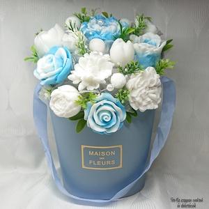 Nagy kék - fehér illatos szappan box , Otthon & Lakás, Dekoráció, Csokor & Virágdísz, Virágkötés, Szappankészítés, Mindegyik csokor egyedi tervezésű és kézzel készített.Elegáns szappanvirág dekorációk melyek sokáig ..., Meska