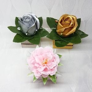 1 darabos szappanvirágok mini dobozban , Otthon & Lakás, Dekoráció, Csokor & Virágdísz, Virágkötés, Szappankészítés, Elegáns szappanvirág dekorációk melyek sokáig megtartják szépségüket és illatukat. Magassága: 9 cm  ..., Meska