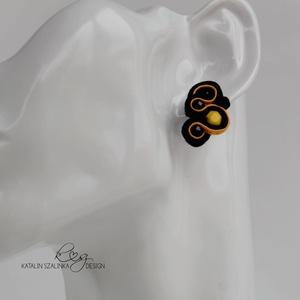 Doris fekete sárga sujtás fülbevaló antiallergén, Ékszer, Lógó fülbevaló, Fülbevaló, Ékszerkészítés, Varrás, Meska