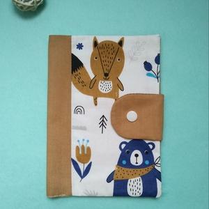 maci - róka egészségügyi kiskönyv borító, Játék & Gyerek, 3 éves kor alattiaknak, Varrás, Új, egyedileg készített, kétrétegű pamutvászon anyagból készült, vetexel merevített egészségügyi kis..., Meska