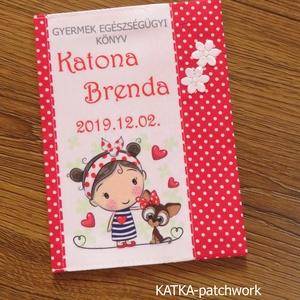 Gyermek egészségügyi könyv borító, Gyerek & játék, Baba-mama kellék, Varrás, Gyermek egészségügyi könyv borító.\n\nMegóvja a könyv borító lapját a koszolódástól, gyűrődéstől. 30 f..., Meska