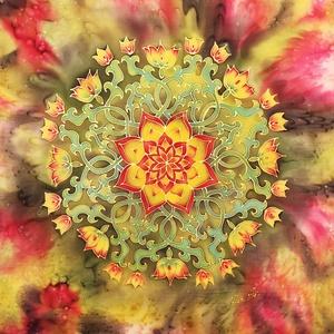 Virágzás mandala párnahuzat, Párna & Párnahuzat, Lakástextil, Otthon & Lakás, Selyemfestés, Varrás, Virágzás mandala most még csak egy selyemre festett mandala, amit kérésednek megfelelően egy párnahu..., Meska