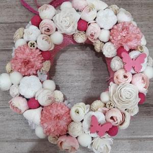 Romantikus kopogtató, Otthon & lakás, Dekoráció, Lakberendezés, Ajtódísz, kopogtató, Virágkötés, 20 cm-es szalma alapra készült, amit juta szalaggal vontam be. Fehér és rózsaszín virágokkal és term..., Meska