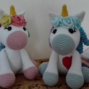 Horgolt Unikornis (Amigurumi), Gyerek & játék, Játék, Játékfigura, Horgolás, 100% pamut (Safran) fonalból készítettem ezt a barátságos és színes Unikornist, a kislányok kedvencé..., Meska