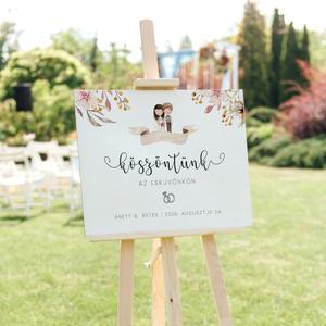 Köszöntő tábla • esküvő, Tábla & Jelzés, Dekoráció, Esküvő, Fotó, grafika, rajz, illusztráció, Egy különleges esküvői üdvözlő tábla, amivel feldobhatjátok a helyszínt! :)\n\nMérete A2. Anyaga 3 mm ..., Meska