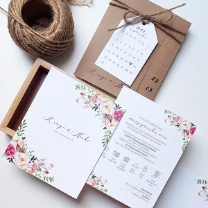 Esküvői meghívó • natúr, Esküvő, Esküvői dekoráció, Meghívó, ültetőkártya, köszönőajándék, Fotó, grafika, rajz, illusztráció, Papírművészet, Kraft papírban rejlik ez a különleges, kétoldalas meghívó, amit egy elegáns mininaptár díszít. A nap..., Meska