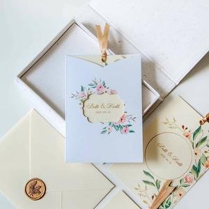 Esküvői meghívó, Meghívó, Meghívó & Kártya, Esküvő, Fotó, grafika, rajz, illusztráció, Papírművészet, Esküvői meghívó egy romantikus lézervágott tokban.\n\nMérete 10,5x14,8 cm, kreativ latinra nyomtatva, ..., Meska
