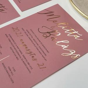 Esküvői meghívó, Esküvő, Meghívó & Kártya, Meghívó, Fotó, grafika, rajz, illusztráció, Papírművészet, Mályva színű alapra készült, aranyozott esküvői meghívó.\n\nMérete A6.\n\nRendelhettek hasonló stílusú ü..., Meska
