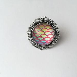 Sárkány gyűrű, Üveglencsés gyűrű, Gyűrű, Ékszer, Ékszerkészítés, Felhasznált alapanyagok: fém gyűrű alap, üveglencse, papír kép, ragasztó.\nGyűrű felső részének átmér..., Meska