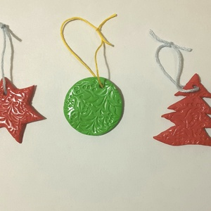 3db karácsonyfadísz, Otthon & Lakás, Karácsony & Mikulás, Karácsonyfadísz, Gyurma, Süthető gyurmából készült díszek. Felhasznált alapanyagok: Fimo gyurma, lakk, madzag. \n4-5 cm-esek..., Meska