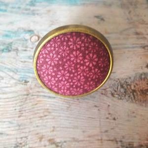 Purple rose textilgomb gyűrű - ékszer - gyűrű - statement gyűrű - Meska.hu