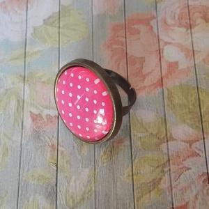 Pink pötyi - üveglencsés gyűrű - Meska.hu