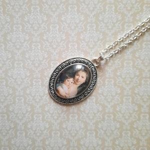Vintage love nyaklánc (ezüst), Ékszer, Nyaklánc, Medálos nyaklánc, Ékszerkészítés, Egyik kedvenc témám az Anyaság, amihez most egy régebbi festményt választottam. \n25x18 mm üveglencse..., Meska