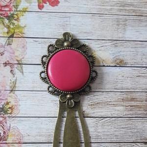 Pink, Púder vagy választható színü- textilbőr gombos könyvjelző, Otthon & Lakás, Papír írószer, Könyvjelző, Ékszerkészítés, Meska