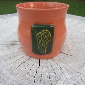 Gyűrűk Ura bögre, Konyhafelszerelés, Otthon & lakás, Bögre, csésze, Kerámia, A Gyűrűk Ura által ihletett bögrék, Rohan és Gondor címerével díszítve.\nAz ár egy darab bögrére vona..., Meska